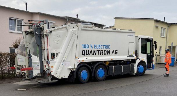 Das Müllfahrzeug der Quantron AG im Test-Einsatz bei den Entsorgungs-Betrieben der Stadt Ulm