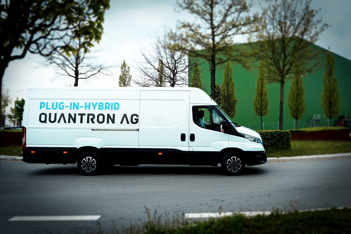 Der neue Plug-in Hybrid Kastenwagen von QUANTRON ist der ideale Transporter für den Stadtverkehr